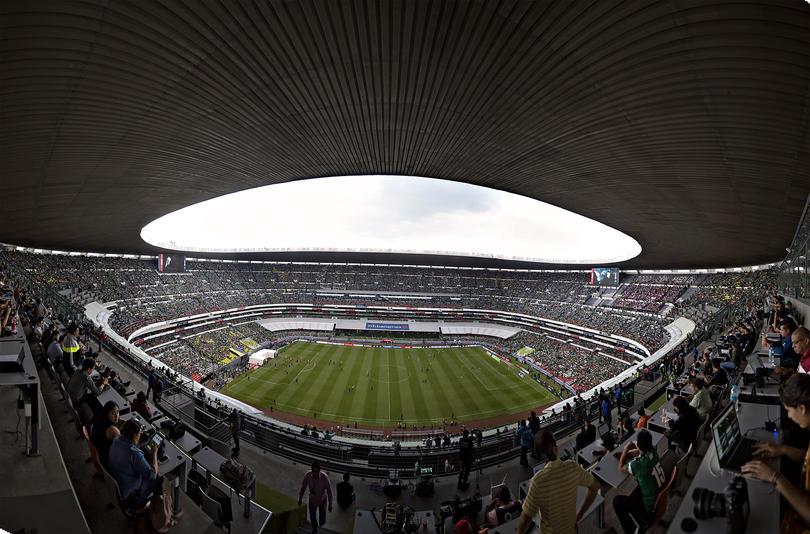 Varios aficionados de México abuchearon el Himno de USA