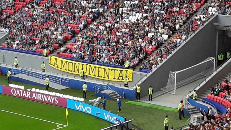 El América presente en el Estadio Azteca.