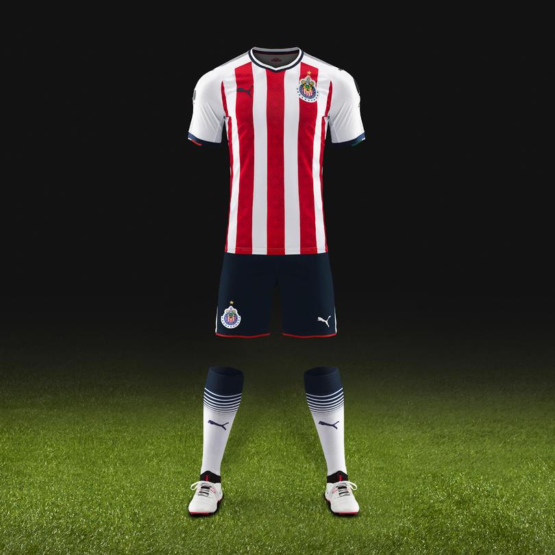Este es el nuevo jersey de Chivas