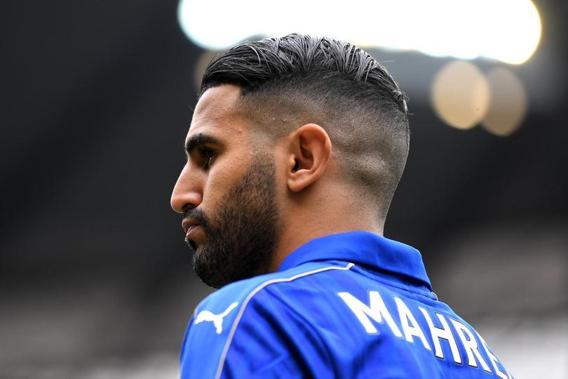 Leicester no quiere soltar a Mahrez