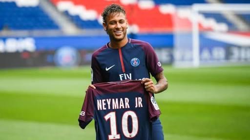 El pase de transferencia no llegó a Francia