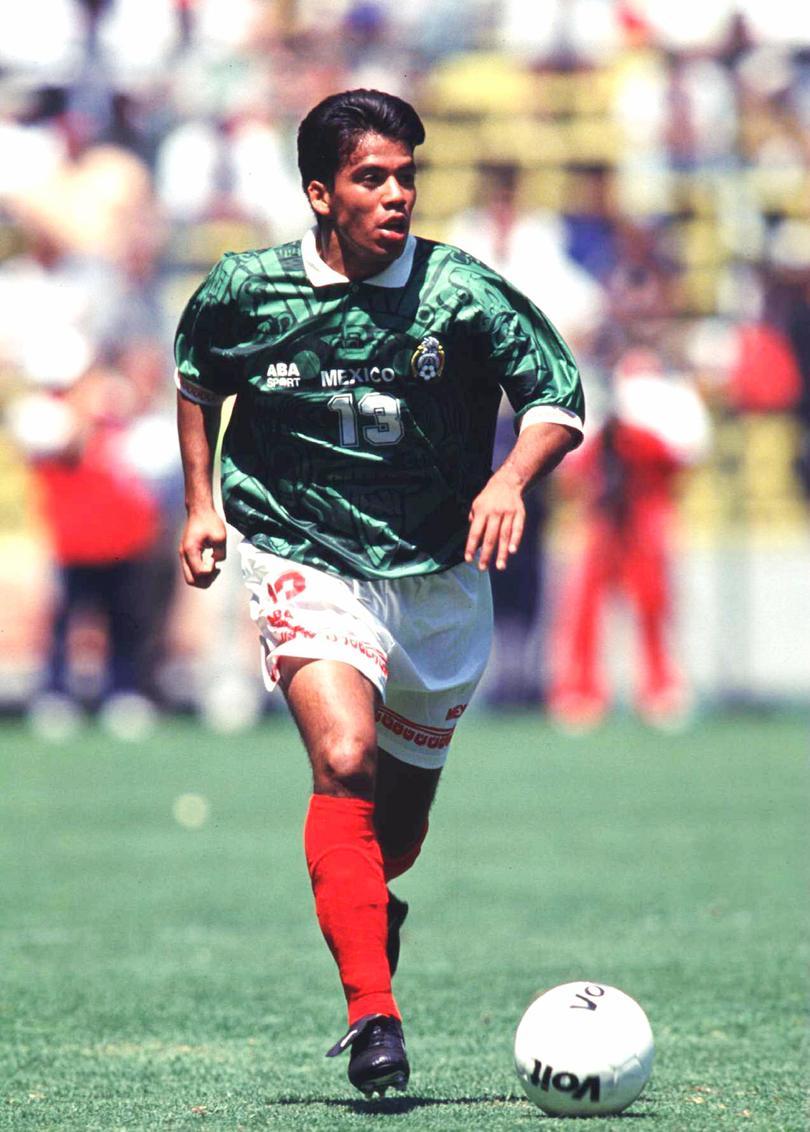 Pavel Pardo para la Selección Mexicana
