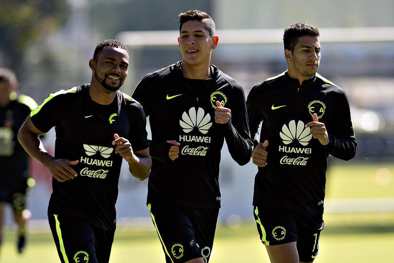 Edson Álvarez nunca jugaría con Pumas