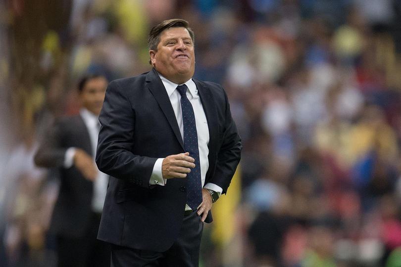 Piojo Herrera quiere que el equipo evite tarjetas tontas