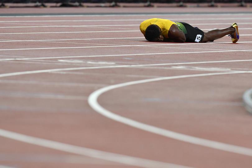 Usain Bolt podría no jugar con el United