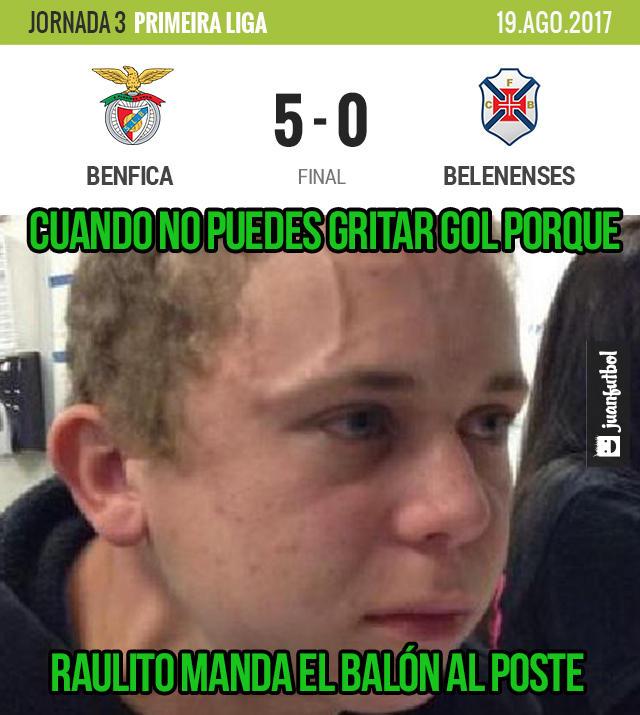 Benfica goleó 5-0 a Belenenses
