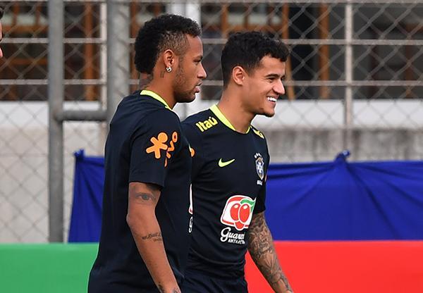 Neymar y Coutinho con Brasil
