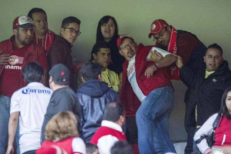 Aficionado de Toluca sufre infarto