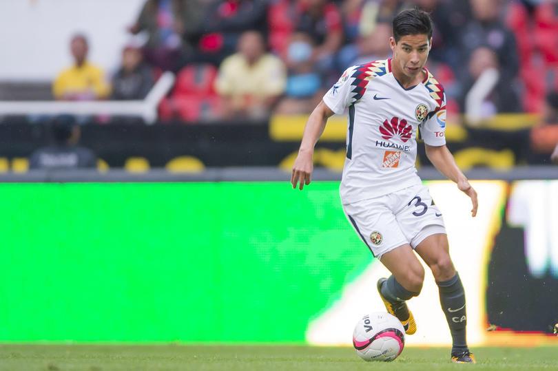 Diego Lainez está entre los mejores jugadores promesas del futbol