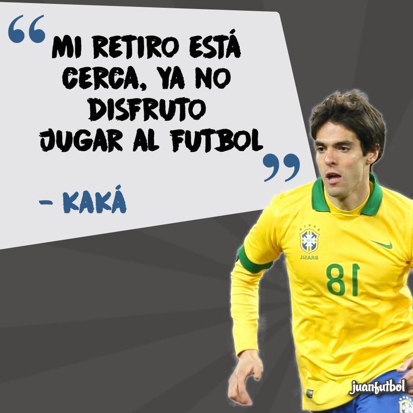Kaká anunció su retiro.