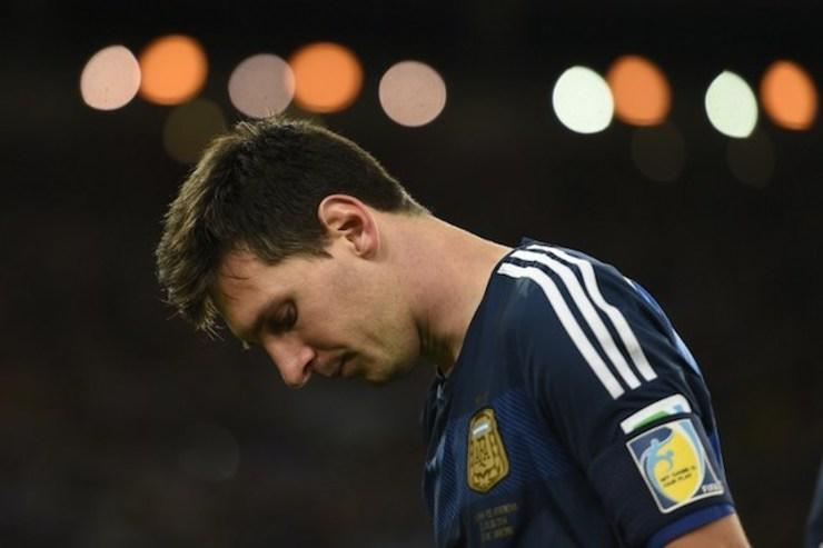 Messi sufrió para clasificar al mundial, como lo hizo Maradona en el 86.