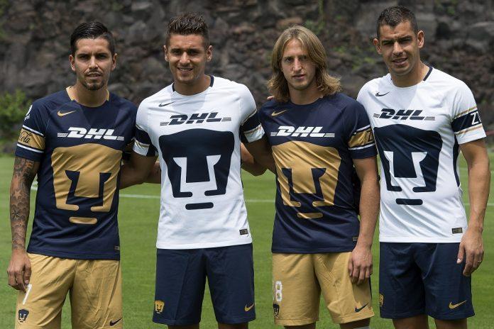 Jugadores de Pumas.