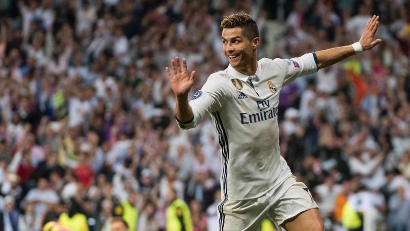 Cristiano Ronaldo cerca de fichar por la Juevntus