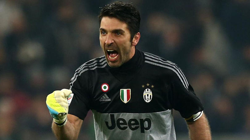 Gianluigi Buffon en un partido con la Juventus