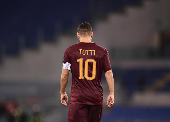 Totti fue el jugador con más partidos disputados con la Roma.
