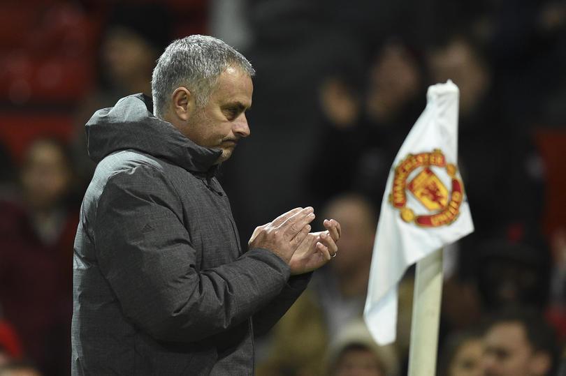 Mourinho se quedaría en el Manchester United