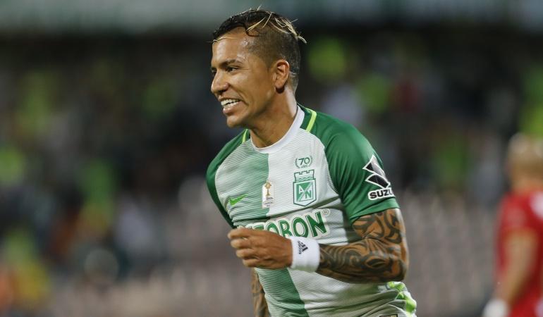 Dayro Moreno llegaría a Pumas.