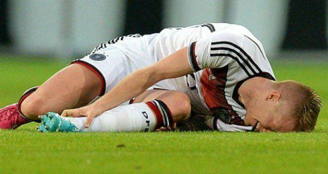 Reus en su lesión que lo dejó fuera de Brasil 2014