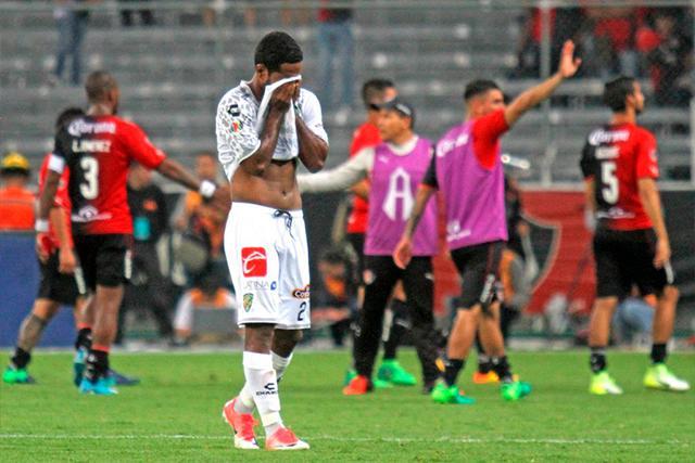 Brayan Angulo en el descenso de Jaguares
