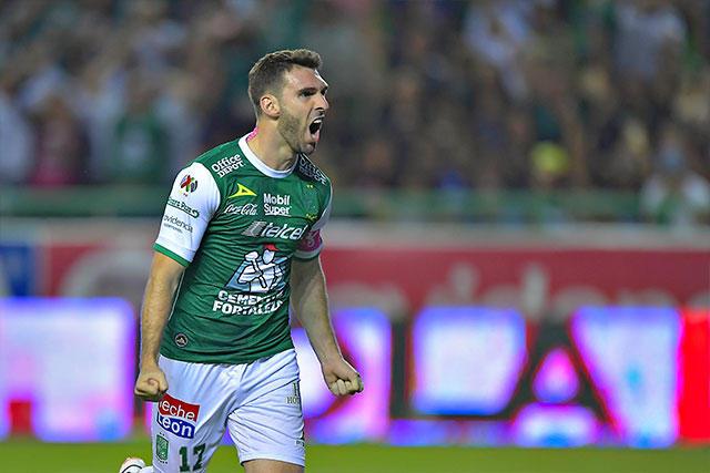 Mauro Boselli, máximo goleador del León