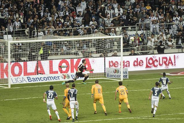 Monterrey vs Tigres.