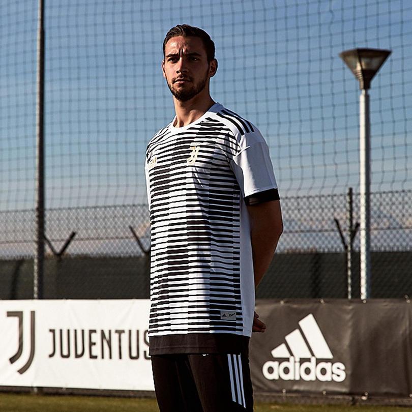 Juventus usará playera hecha de material reciclado antes de iniciar los partidos