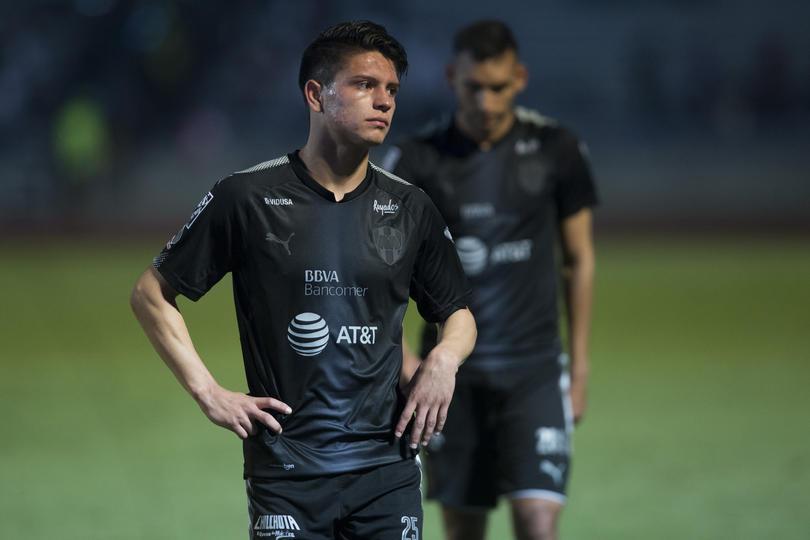 Jonathan González jugará por México