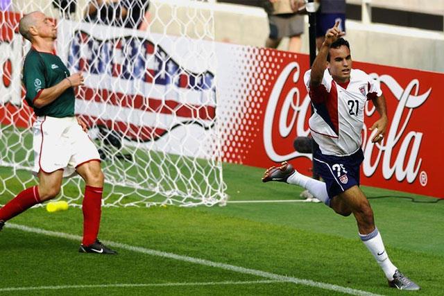 Donovan celebra un gol contra México