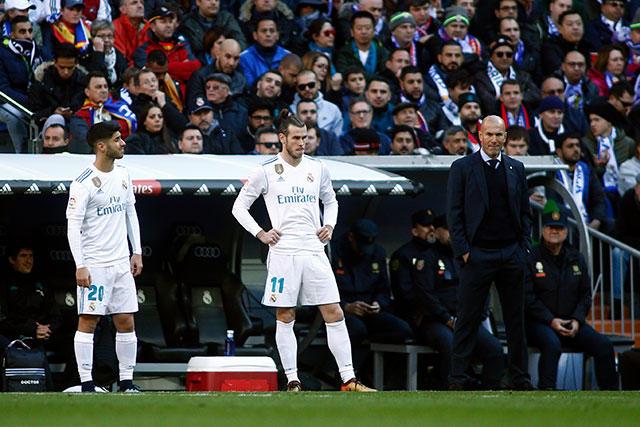 Zidane junto a Asensio y Bale