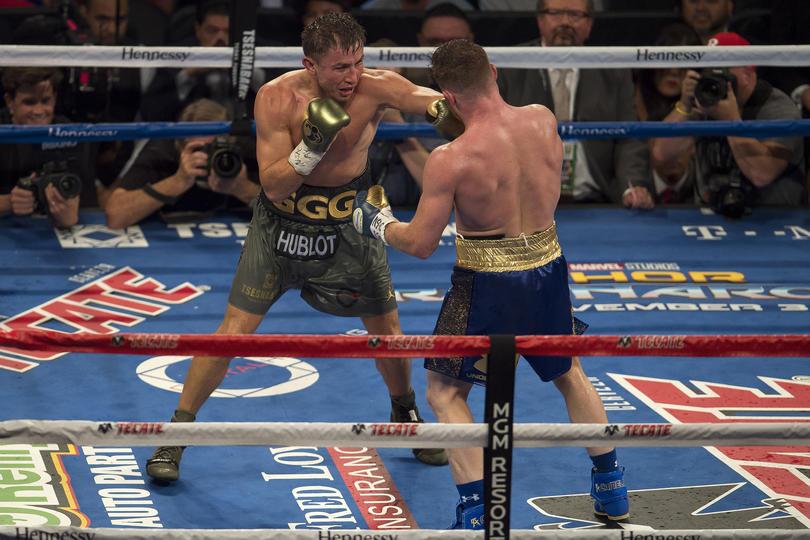 Canelo y Golvkin pelearán el 5 de mayo