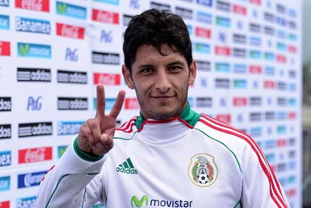 Ángel Reyna con la selección