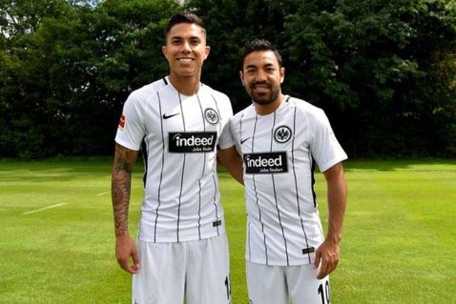 Carlos Salcedo y Marco Fabian