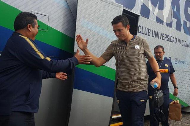 Erick Torres con Pumas