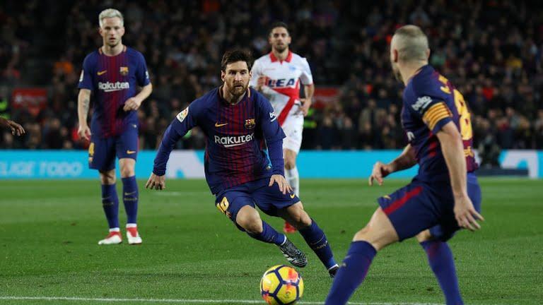 Messi e Inista asociándose