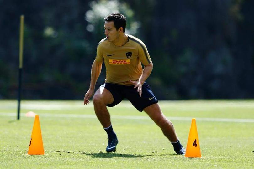 """Erick """"Cubo"""" Torres entrenando con Pumas"""