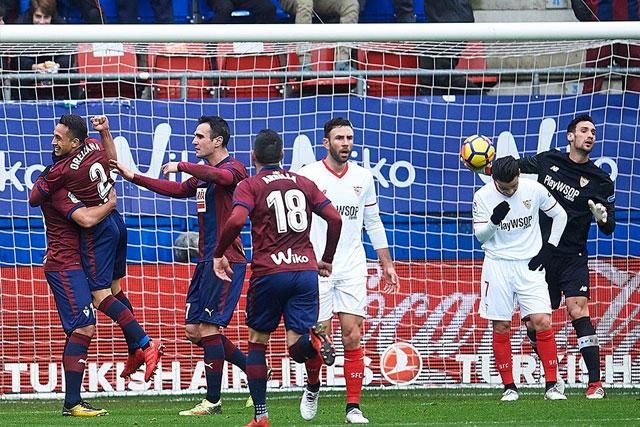 Sevilla perdió 5-1 contra Eibar