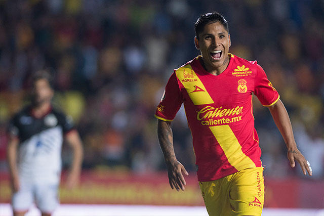 Ruidíaz celebra un gol frente a Lobos