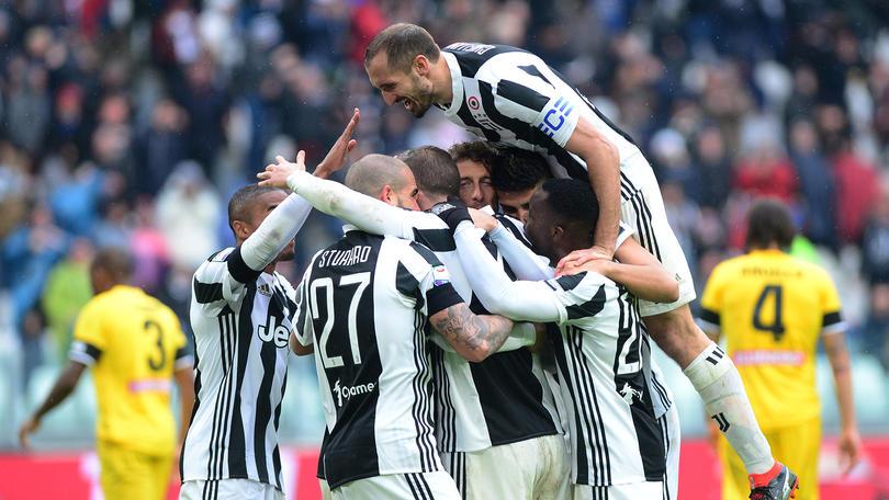 Juventus festejando la victoria