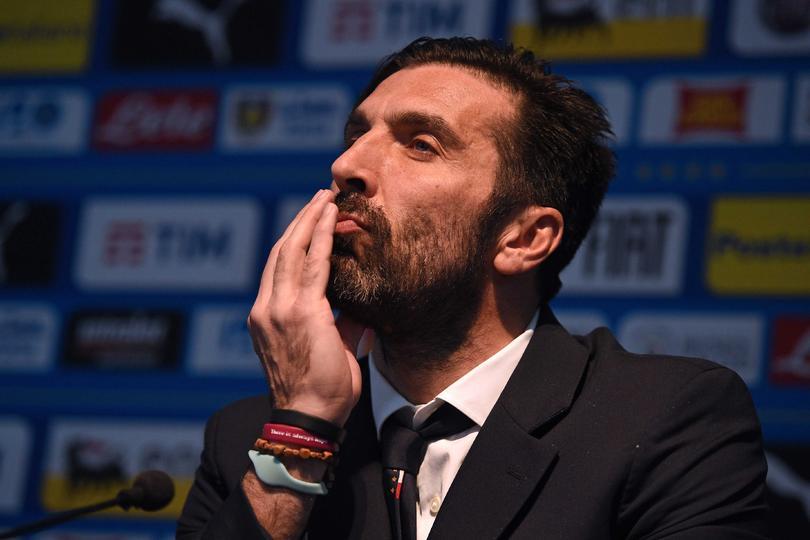 Gianluigi Buffon en conferencia de prensa previo al juego contra Argentina