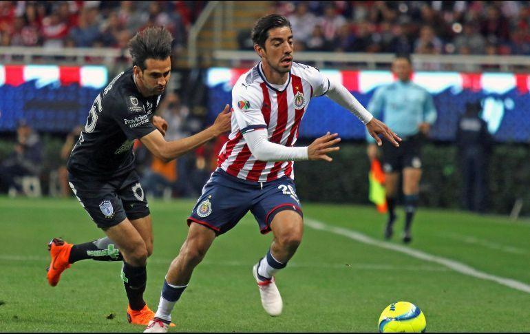Pizarro con el balón