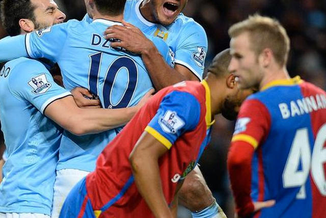 Dzeko con el Manchester City