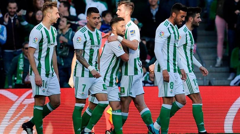 Betis tiene que ganar para seguir en puestos de Europa League