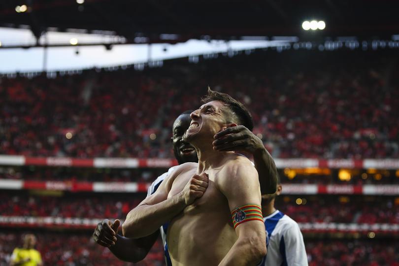 Golazo de Herrera al Benfica