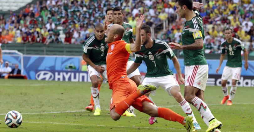 El clavado de Robben contra México