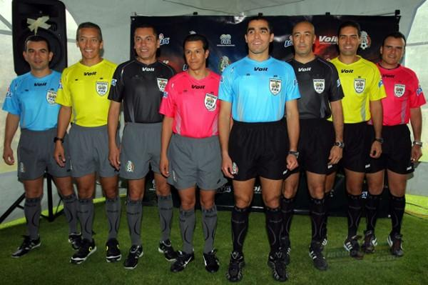 Arbitro mexicanos hace algunos años
