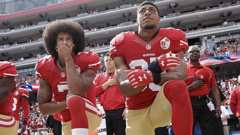 Jugadores NFL protestan
