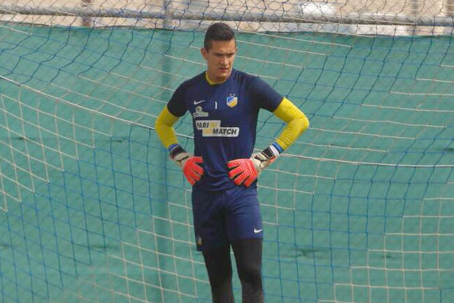 Raúl Gudiño en un entrenamiento con el Apoel