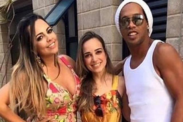 Ronaldinho y sus novias