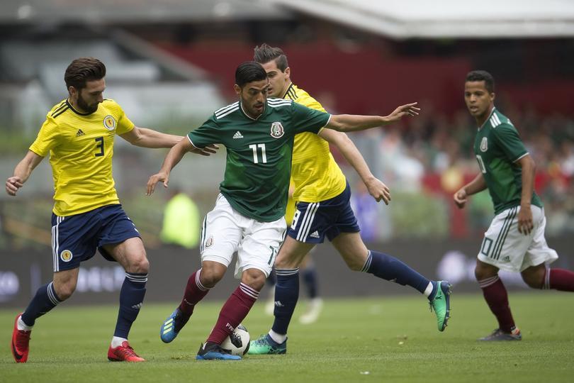 Carlos Vela contra Escocia