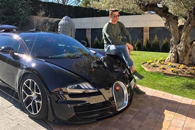 Cristiano Ronaldo y su Bugatti